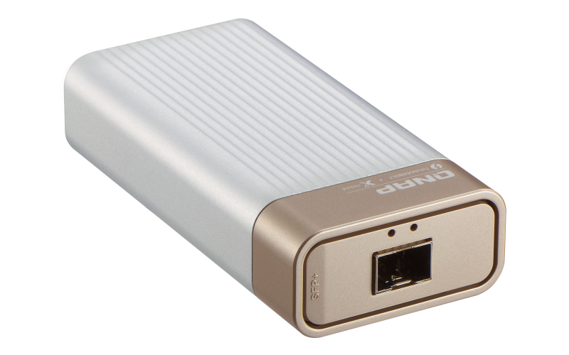 Thunderbolt 3 to 10GbE Adapter (QNA Series) - Features | QNAP